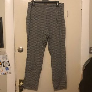 Checkered large pants